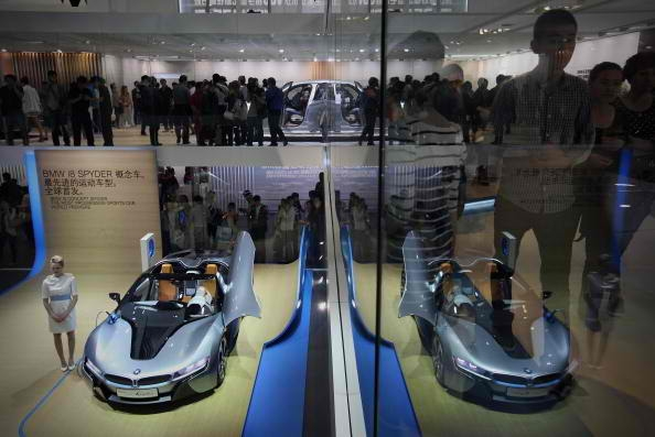 Tech Heavy Bmw I8 Spyder Unveiled At Ces 2016 Trending News