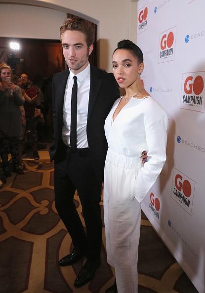 Girlfriends pattinson Robert Pattinson's