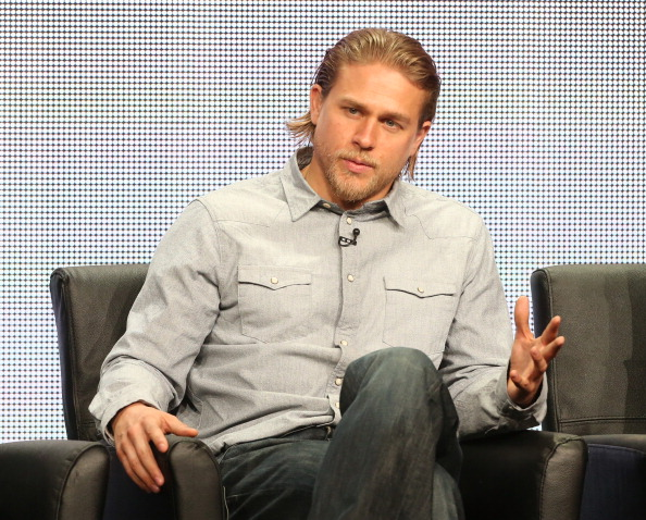 charlie hunnam and girlfriend morgana mcnelis breakup