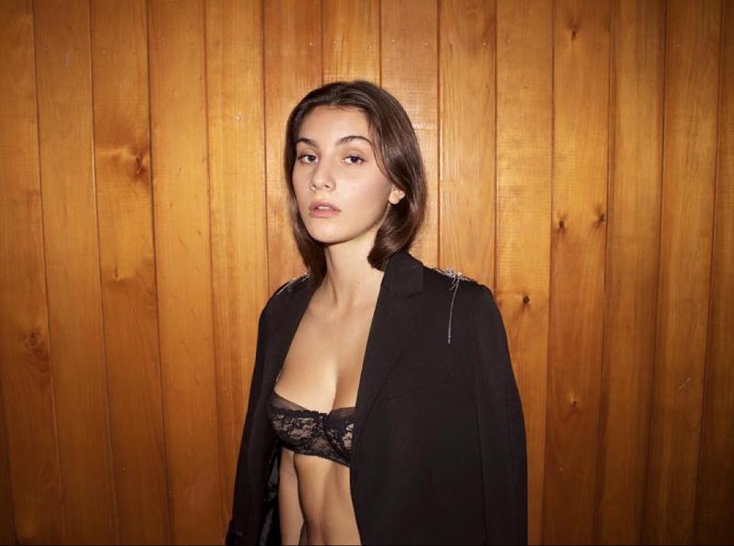 Teen breast model