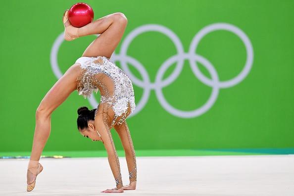 Son Yeon Jae Reaches The Finals In Rhythmic Gymnastics At