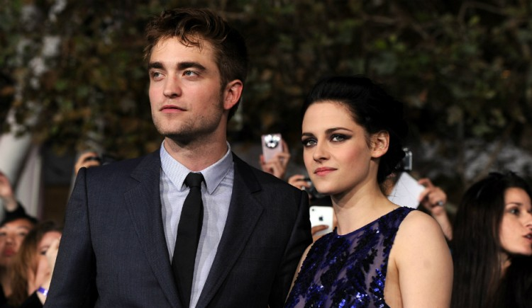 Kristen Stewart says Robert Pattinson relationship wasn t real life
