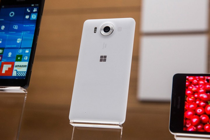 Microsoft Corporation (MSFT) Surface Phone to Make Established Giants Suffer