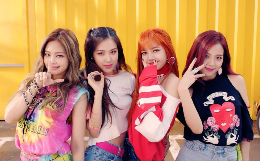 Black Pink Goes High Fashion, Collaborates With Genie : K