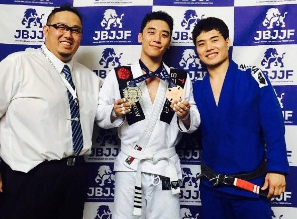 Xtreme Gracie Jiu Jitsu / Bang Muay Thai - YouTube