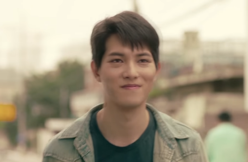 CNBLUE's Lee Jong Hyun Says Goodbye To Unforgettable 'Lingerie Girls' Generation'