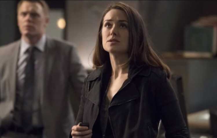 d5bfd3b6e 'The Blacklist' Season 5 Finale Spoilers: Liz Keen Might Discover That  Mysterious Bones Belong To More Than One Person