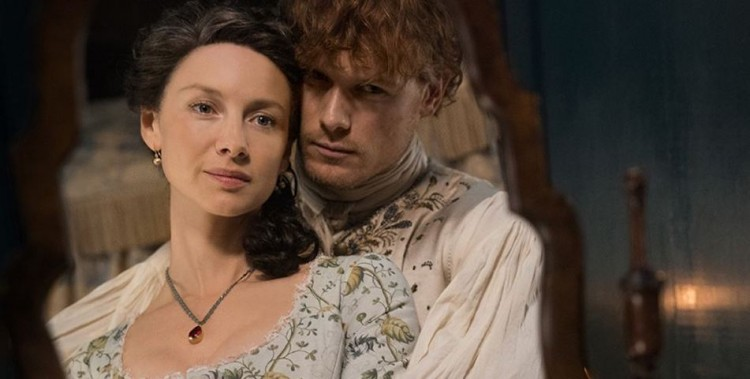 Outlander' Actress Caitriona Balfe Shuts Down Pregnancy
