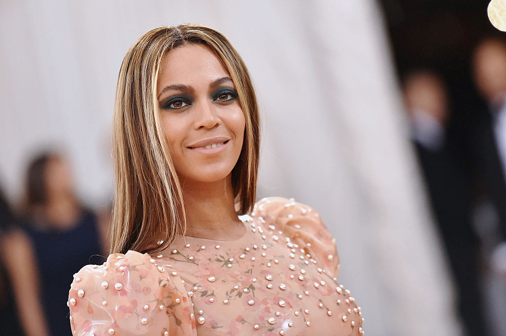 Beyonce Shares Rare Footage of Her Twins Rumi & Sir in 2020 Recap Video